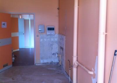 Réfection de 2 sanitaires pour accès PMR dans un lycée